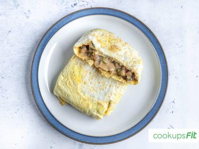 Stuffed Omelette w/ Mushroom and Chicken - High Protein/Low Carbs - CookupsFit Healthy Meals