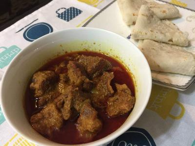 Chaler Ruti with Beef Bhuna and Alur Dom
