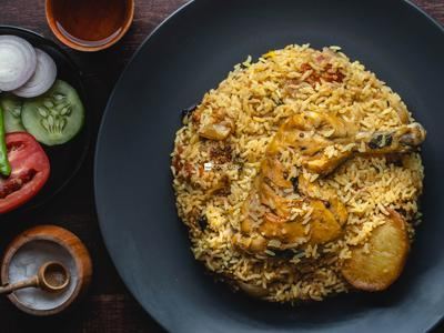 Bombay Chicken Biryani with Raita