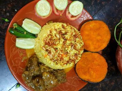 Mugh Daal Chini Gura Chaal er Khichuri With Beef